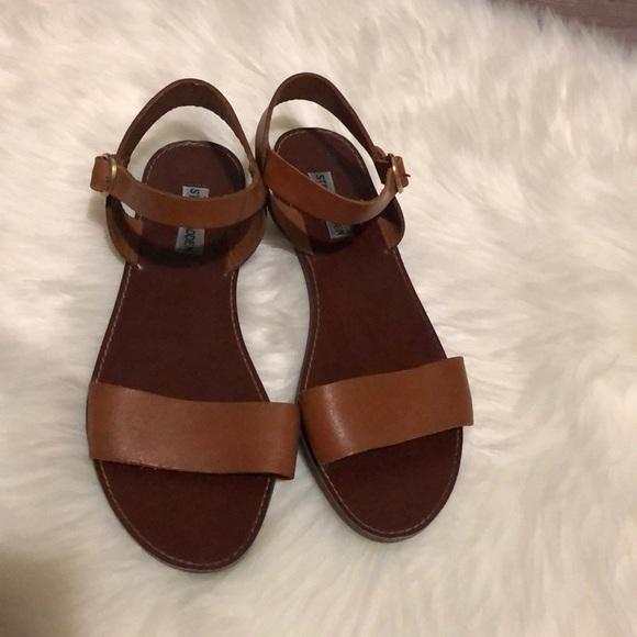 913ae343901 Steve Madden Donddi tan leather sandal
